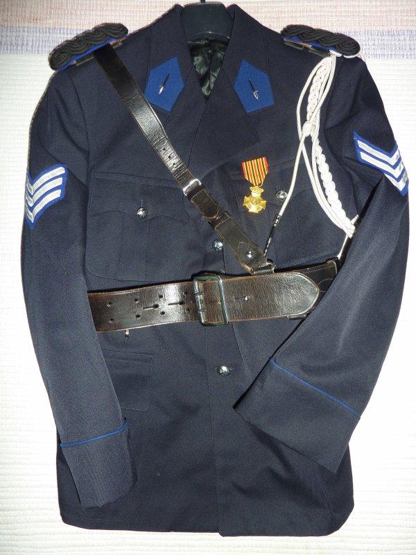 Vareuse d'inspecteur de l'ancienne Police Communale.
