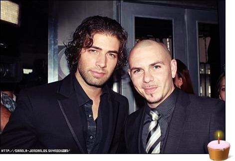 14/01/11 - Jencarlos Canela à l'anniversaire de Pitbull.