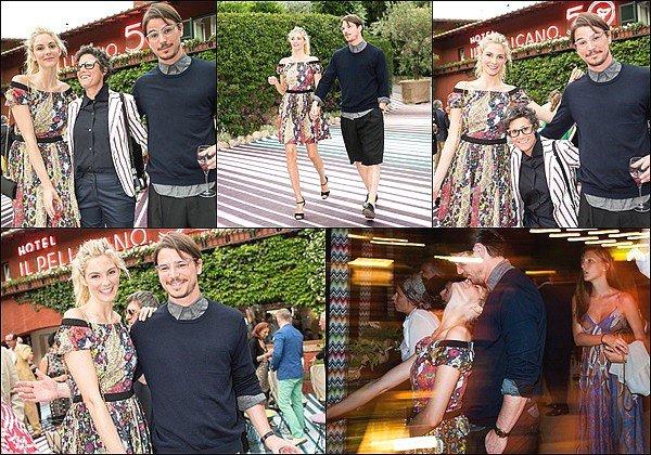 6 Juin 2015 : Tamsin & Josh étaient à l'Hotel Il Pellicano 50th Anniversary Party à Porto Ercole en Italie  ●● Tamsin était vraiment superbe et pétillante avec sa jolie robe ! Ils ont l'air très heureux & amoureux, ça fait plaisir à voir ! :)