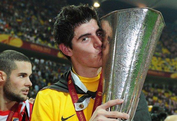 Atlético secure Courtois loan extension
