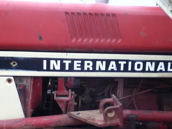 International 744