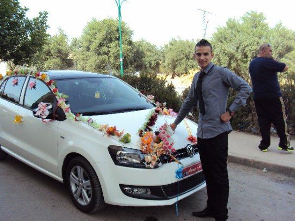 moi et la voiture des marié