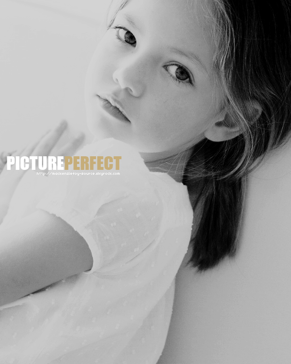 ____________16 septembre 2011. ___ARTICLE BONUS*___ photo coup de c½ur créatrice issue _____________________du photoshoot  de Tamara Muth-King BY MACKENZIEFOY-SOURCE.SKYROCK.COM.___8888__ _