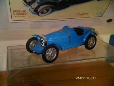 Collection de miniatures Bugatti (4).