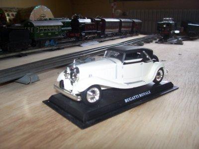 Collection de miniatures Bugatti (7).