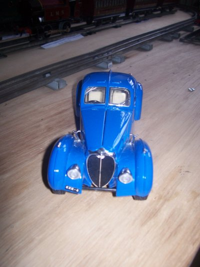 Collection de miniatures Bugatti (16).