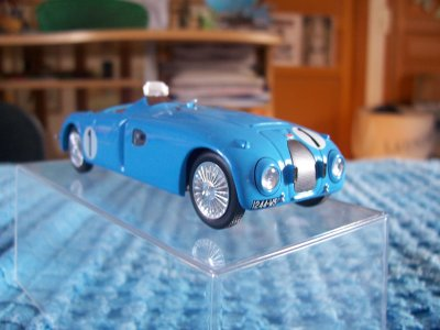 Collection de miniatures Bugatti (24).