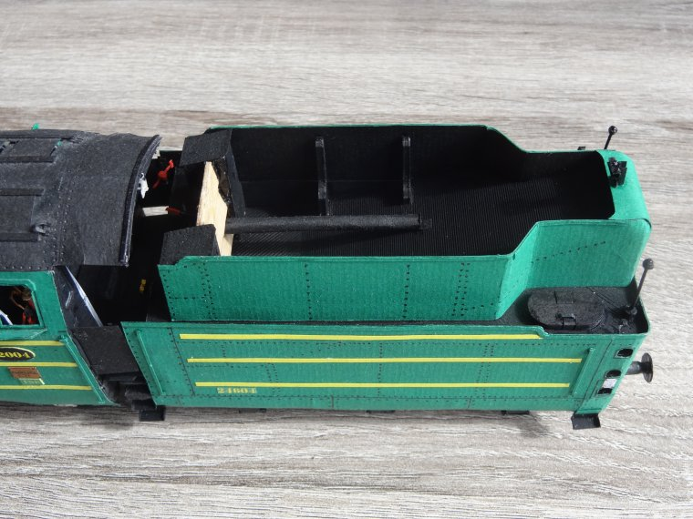 Atlantic Type 12.004 de la SNCB (13) : Dernières pièces