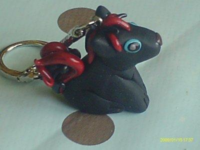 Loup noir kawaii en porte clé