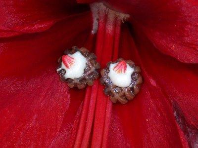 ensemble pendentif et puce gauffres chantilly et fraises