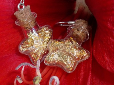 boucles d oreilles fioles étoiles et feuilles d or