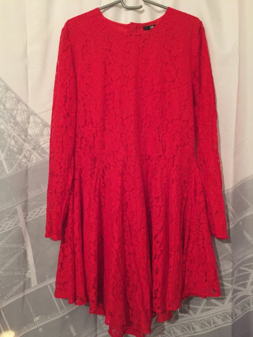 5 - Robe de soirée rouge