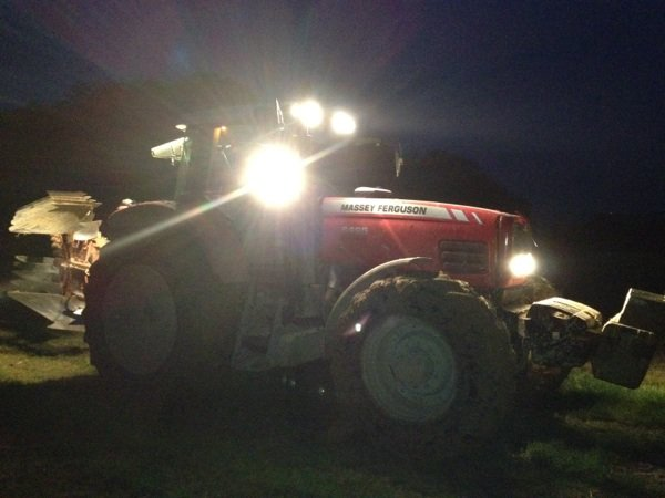 Mf 6495 de nuit