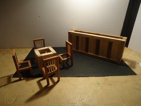 """Nouveau projet """"Intérieur du saloon"""" à échelle 1/12"""