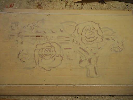 """marqueterie """" arme à fleur """" avant collage"""