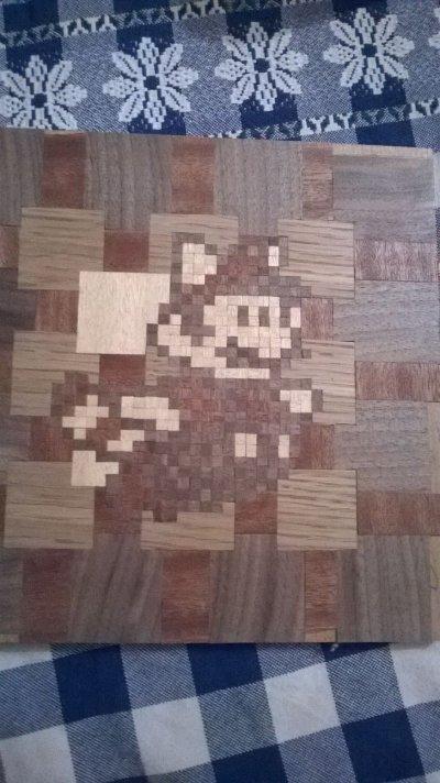 Marqueterie pixel mario