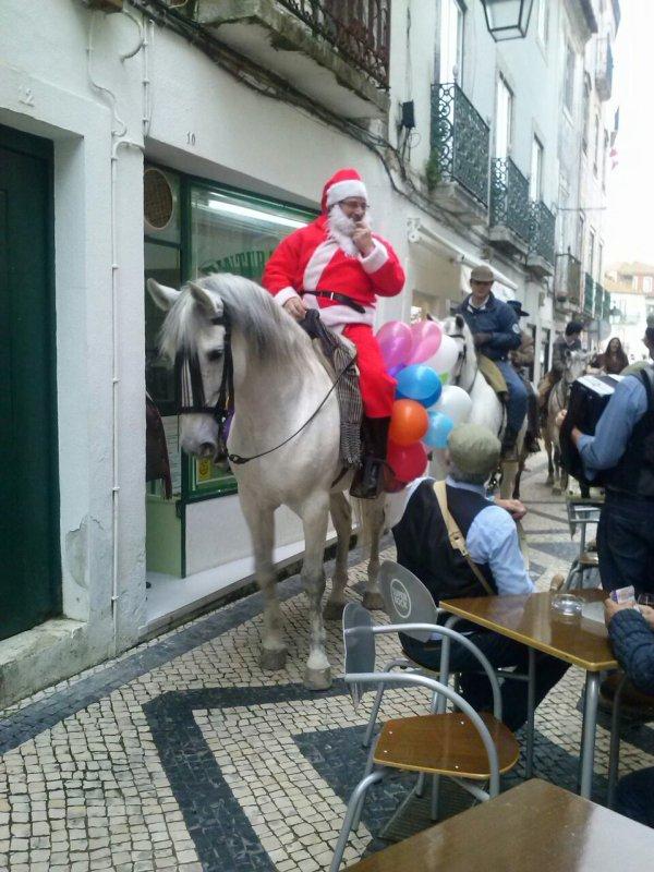 J'ai vu le père Noël a cheval
