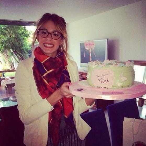 """La célébration et super cadeau reçu Tini """"Violetta"""" Stoessel pour son anniversaire"""