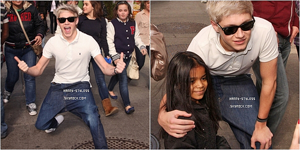 __ _____ 09/03/12 : Les garçons ont été vus marchant dans la ville de Manhattan. - One direction étaient aussi à l'avant première de Nickelodeon du «Big Time Movie»   .