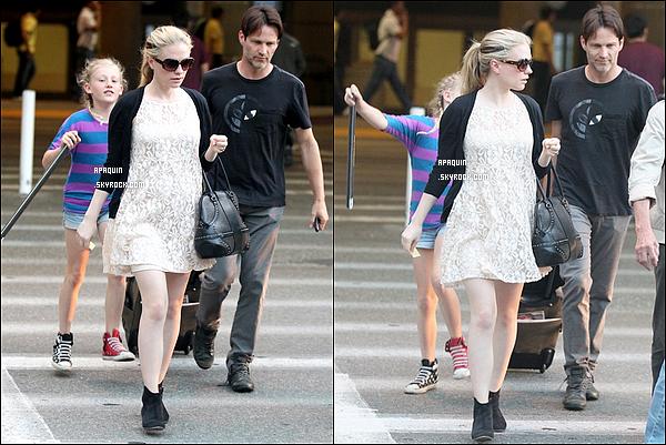28/05/2012 - Anna a aterri à LAX Aiport et Stephen M. est venu la chercher accompagné de sa fille.