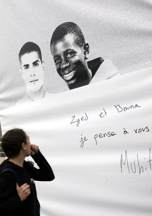Affaire Zyed-Bouna: Morts 2 fois? Relaxe définitive des 2 fonctionnaires de Police encore poursuivis... - Dernier témoignage du frère de Bouna, avant la relaxe des policiers