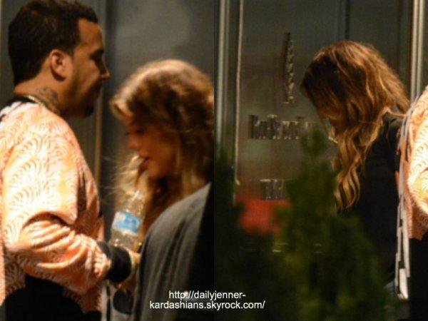 15 juin 2014: Khloé a été vue avec French Montana alors qu'ils arrivaient à leur hôtel à Toronto