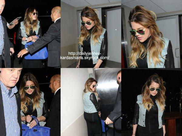 28 juillet 2014: Khloé a été vue alors qu'elle arrivait à l'aéroport de Los Angeles