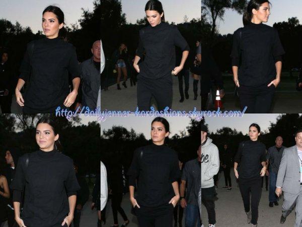 7 août 2014: Kendall a été aperçue alors qu'elle arrivait au concert d'Eminem et de Rihana