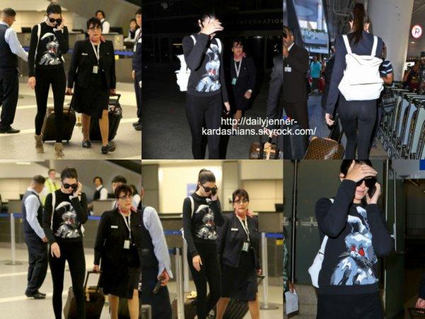 20 août 2014: Kendall a été vue alors qu'elle arrivait à l'aéroport de Los Angeles