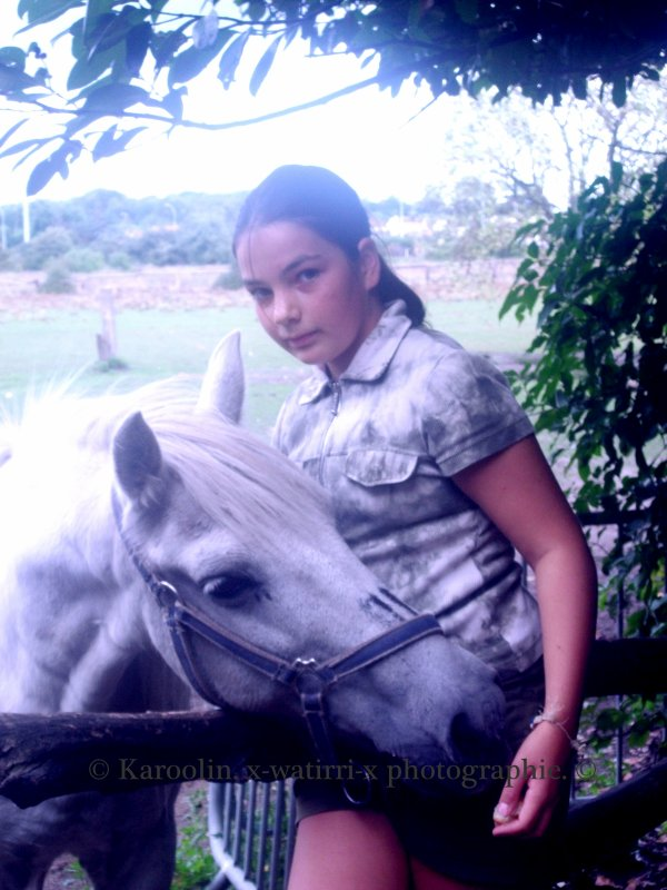 Ma soeur et les chevaux ..