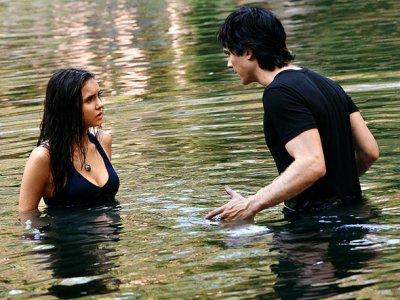 information de la relation de damon et elena a 3 degrés !!