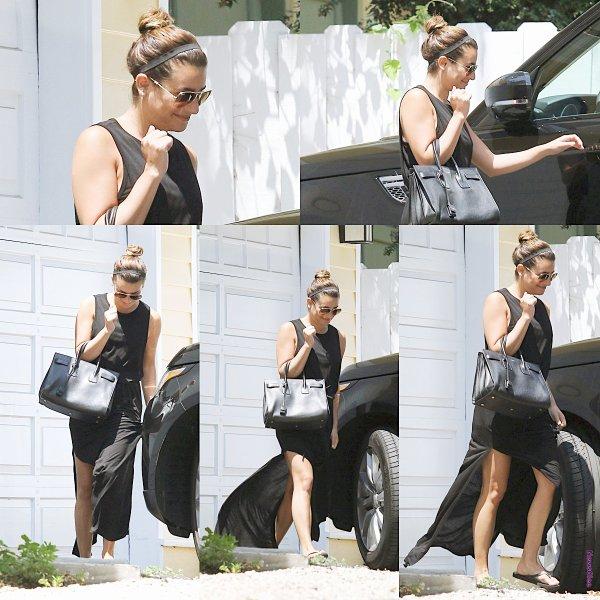 Le 08 août Lea a été aperçu quittant un studio