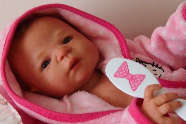 Angela, un joli petit coeur à prendre (Adoptée par Anne-Marie)