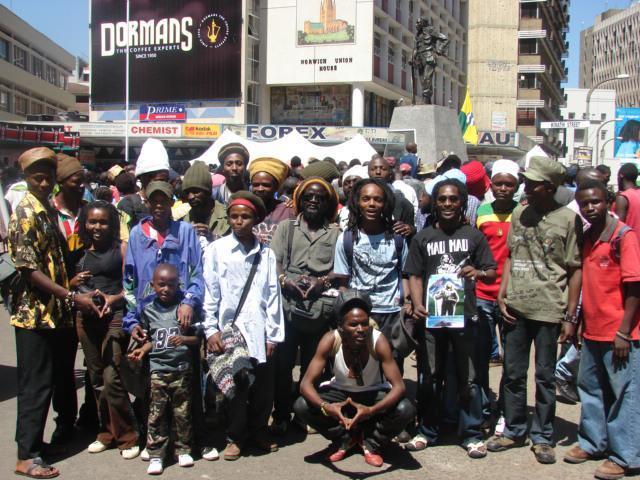Prudence dans la modernisation de Rasta : Iditation de Ras Ravin