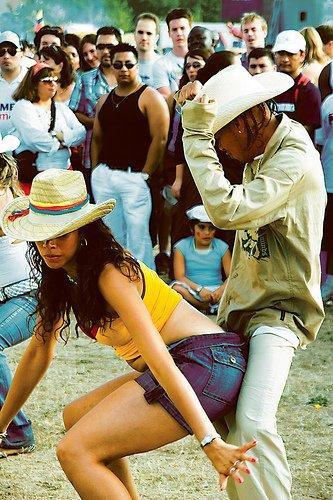 """La musique """"Reggaeton"""" : Rien à voir avec le Reggae...encore moins avec Rasta"""