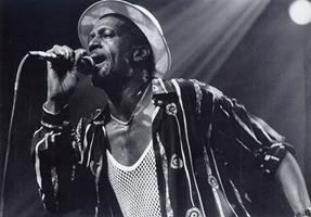 Tribune à Gregory Isaacs et Sugar Minott