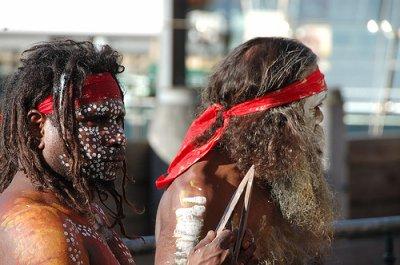 Aborigènes d'Australie : Histoire du génocide et place actuelle