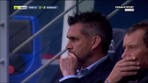8e journée Ligue 1; 1ere mi-temps ( psg 2 - 0 bordeaux) bordeaux etouffe par le psg