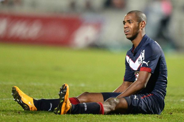 16e journée Ligue 1: 2eme mi-temps (bordeaux 0- 1 lille) rolan rate le penalty et  lille gagne le match la honte.