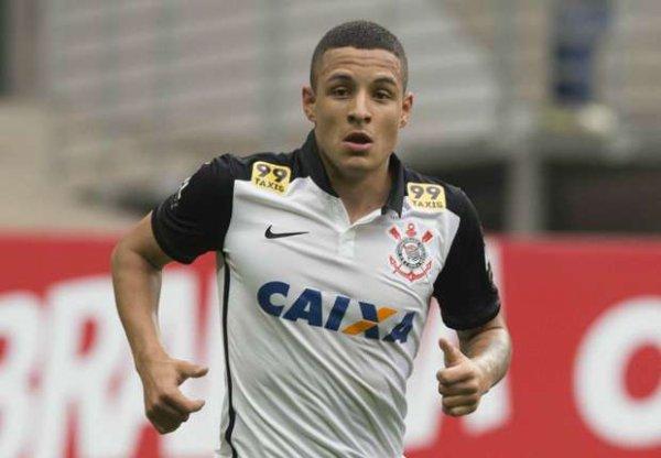 Les Corinthians et Guilherme Arana réfutent un accord de départ