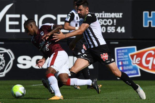 Fin du match au stade Raymond Kopa. Bordelais et Angevins se quittent sur un match nul, deux partout.