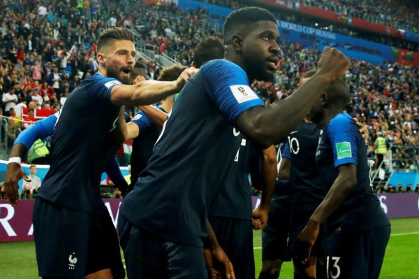 CM 2018 - Demi-finales Grâce à un but de Samuel Umtiti, l'équipe de France est en finale de la Coupe du monde !