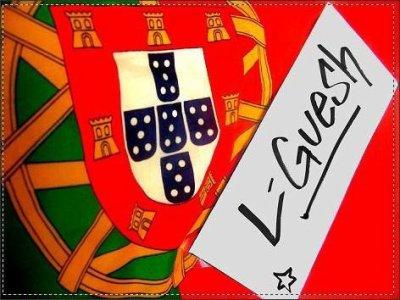 """Le drapeau autour du corps, le chapelet autour du cou, le sang portugais qui coule dans mes veines, on est fière de nos origines, fière de nos couleurs. Portugaise jusqu'au bout !! Nos noms de famille porte """"Da Silva, Rodrigues, Ferreira, Costa, Rocha, Machado..."""", nos pères sont maçons et nos mères sont femmes de ménage, nous on mange la morue, nous on bois du porto, sagres, superbook, ou sumol, nous on danse le folklore les bras en l'air en claquant des doigts, nous quand on chante notre hymne on a les larmes aux yeux et la main au coeur, mais nous on est fière de tout sa.  Nous les portugais on est réuni, quand tu touche un portugais tu nous touche tous, On se donne la main jusqu'au bout, et dieu nos protege, les autres il les pardonnera pour leur péché."""