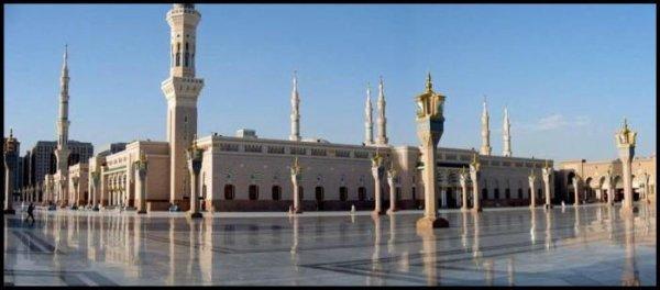 O Allah en Toi seul j'ai confiance ;O Allah c'est vers Toi que 5 fois par jours je me tourne ;O Allah c'est de Toi que j'ai peur ;O Allah seul Toi me jugera