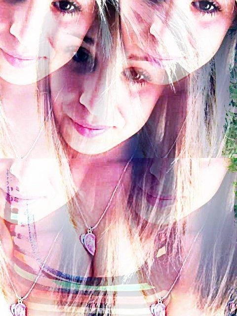 Je suis en double;parce que tu me rend dingue!  : je t'aime ♥
