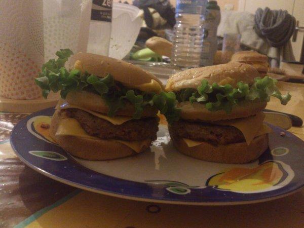 Hamburger au bacon maison