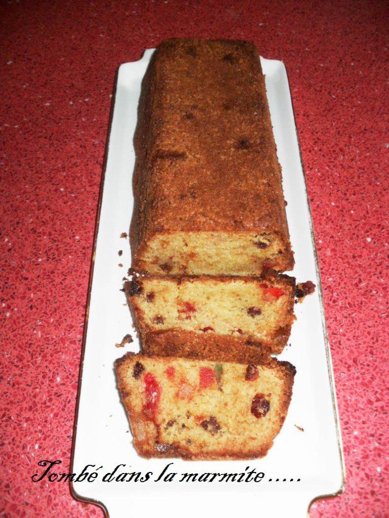 Cake aux fruits confits : aux raisins secs et au mascarpone
