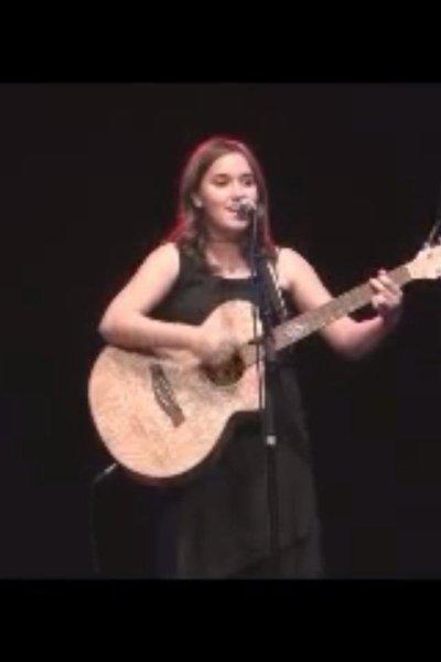 Nouvelle video de Melany ecoute bien !