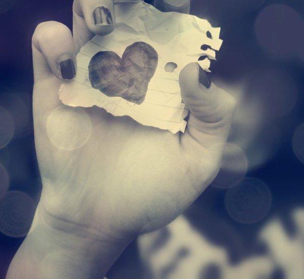 La pire séparation, c'est quand deux personnes se quittent alors qu'elles s'aimaient encore.. ♥