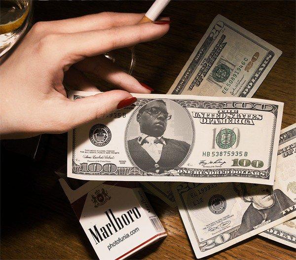 المال في الحياة لابد منه ولكن ربي يجعلهم في جيوبنا وليس في قلوبنا